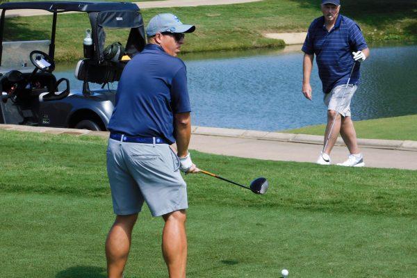 Golf 2020 242 - Team 11 - PwC